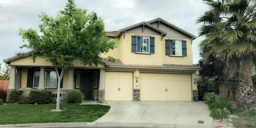 Downstairs quarters room and bathroom with garage storage! Walking distance from The Fountains Roseville